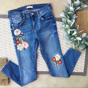 Zara Distressed Embroidered Floral Skinny Jeans